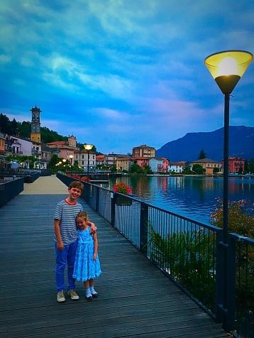 lake-como-walk